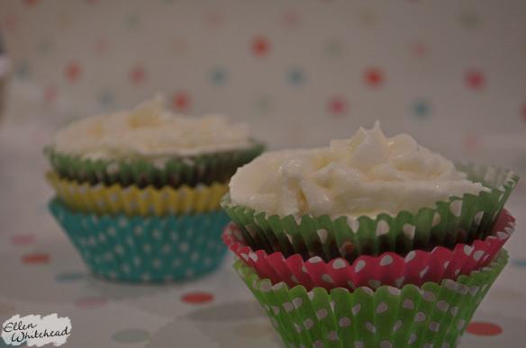 spiced_apple_cupcakes